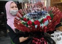 hand bouquet happy